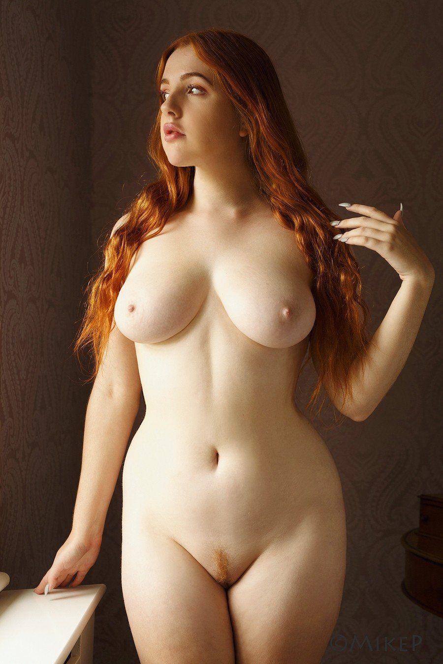 Thick Naked Girls